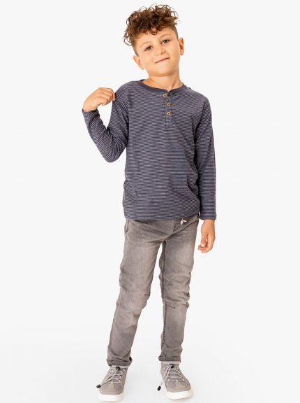 ג'ינס עם מותן אלסטית