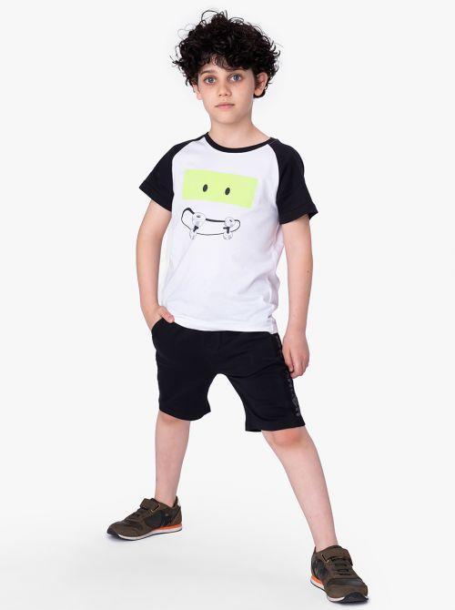חולצת טי סקולטר