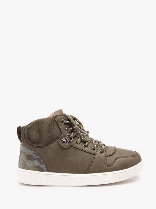 נעלי סניקרס טרקינג