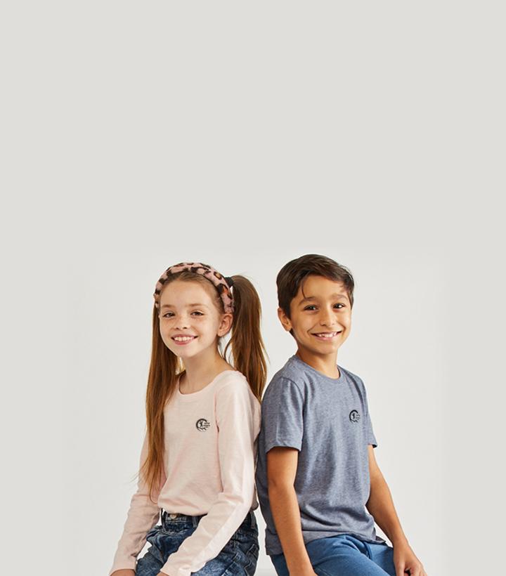 6 חולצות שרוול קצר + הדפסת סמל בי״ס בחינם  ב-₪99.90